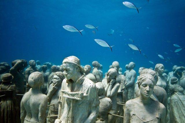 01-overview-silent-evolution-mexico-jason-decaires-taylor-sculpture