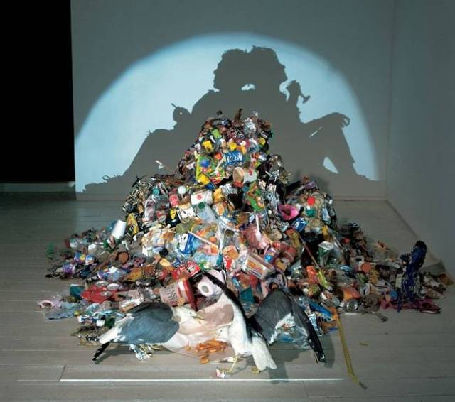 Tim_Noble_Sue_Webster_shadow_sculpture-normal